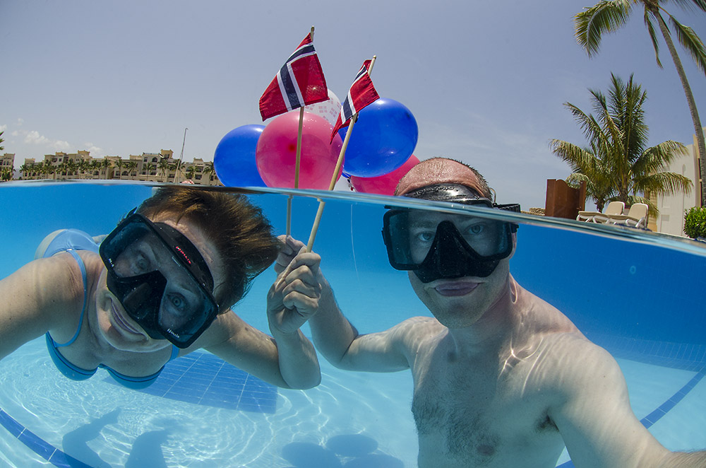 WEDIVE.NO team celebrated the Norwegian national day in the infinity pool at Juweira Boutique Hotel.