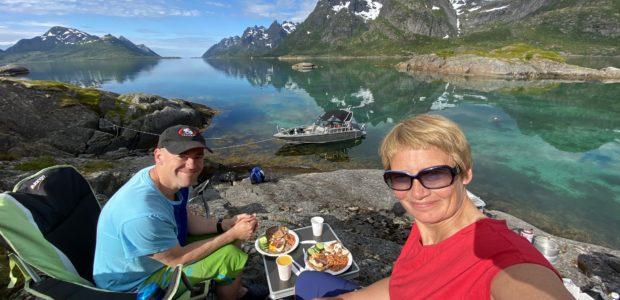 Scuba trip around the biggest island in Norway